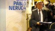Pablo Nerudas Neffe Rodolfo Reyes bei der Pressekonferenz über die mögliche Todesursache seines Onkels am 20. Oktober 2017 in Santiago de Chile