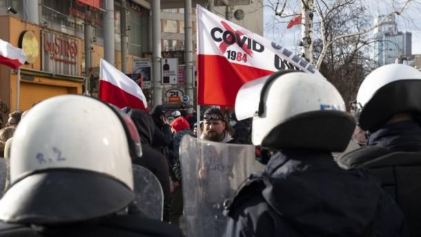 Debatte über Video von Polizeigewalt in Polen