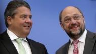 Macht er's oder macht er's nicht? Sigmar Gabriel hätte den ersten Zugriff auf die Kanzlerkandidatur der SPD – aber verzichtet er möglicherweise doch für Martin Schulz?