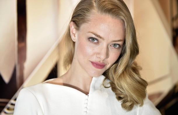 mamma mia fortsetzung mit amanda seyfried. Black Bedroom Furniture Sets. Home Design Ideas