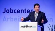 Arbeitsminister Hubertus Heil sieht sich zunehmender Kritik ausgesetzt - auch von den Koalitionspartnern CDU/CSU.