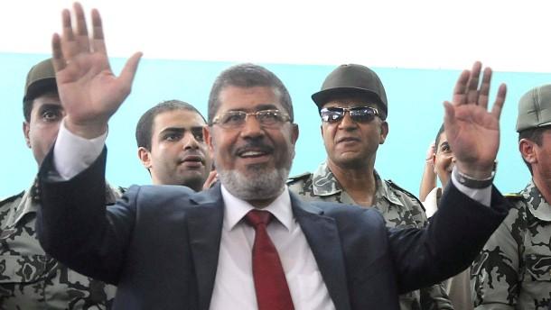Mursi will Kopten oder Frau als Stellvertreter