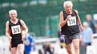 Attraktiv für ältere Sportler seien vor allem Ausdauerdisziplinen, weil Schnellkraft und Beweglichkeit früher verloren gingen als die Kondition. (Symbolbild)