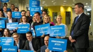 """Söder will """"gemeinsam"""" Lösung für die CSU finden"""