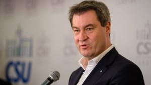 """Söder: """"Grundrecht auf Asyl ist unantastbar"""""""