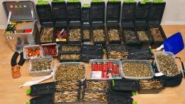 Polizei beschlagnahmt Waffen und massenhaft Munition