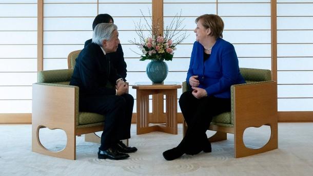 Kaiser trifft Kanzlerin