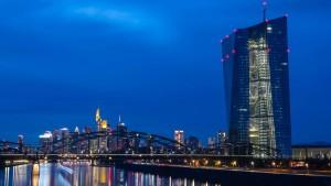 Wie sorgt die EZB für Preisstabilität?