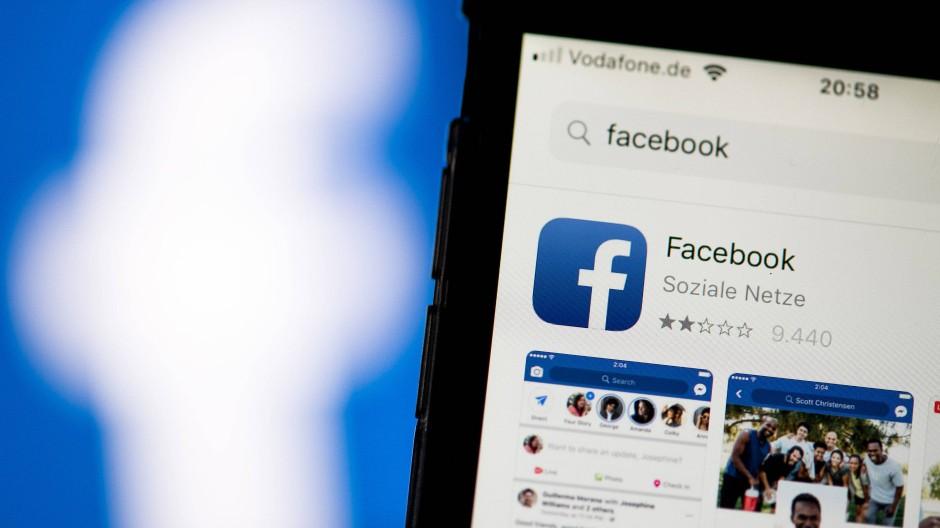 Nur zwei von fünf Sternen hat die Facebook-App hier. Durch den neuen Datenskandal ist die Bewertung sicher nicht besser geworden.