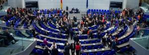 Abgeordnete während der Abstimmung im Bundestag über die PKW-Maut