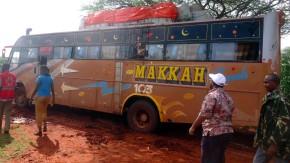 Bei einem Anschlag auf diesen Reisebus wurden 28 Menschen mutmaßlich von Al-Shabaab-Terroristen getötet