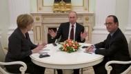Merkel nimmt Gespräch mit Putin auf
