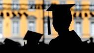 Was tun gegen die Inflation von Doktortiteln?
