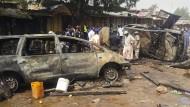 Dutzende Tote bei Anschlägen auf Busbahnhöfe
