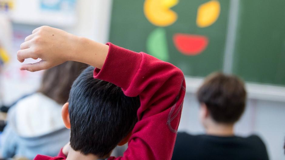 In Hessen brechen 10,3 Prozent der ausländischen Schüler den Schulbesuch ohne Abschluss ab. Bundesweit ist die Zahl doppelt so hoch.