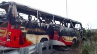 Reisebusgäste sterben auf dem Weg zum Flughafen