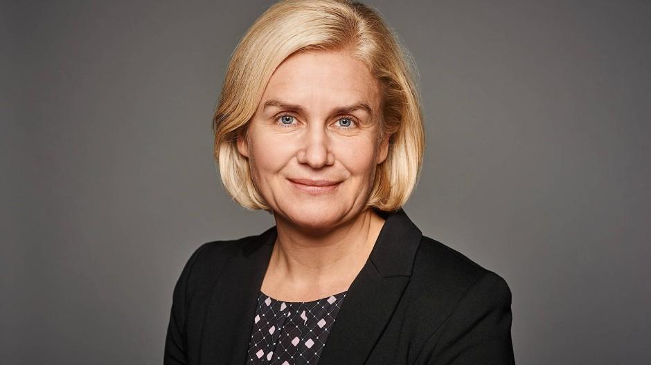 Betriebsärzte sollen das Impfen beschleunigen: Annegret Schumacher leitet die Arbeitsmedizin bei Medical Airport Service.