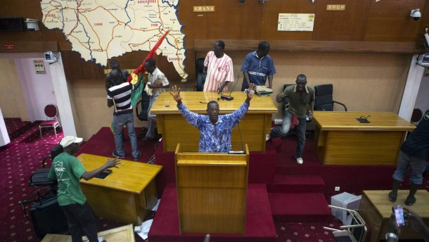 Präsident von Burkina Faso zurückgetreten