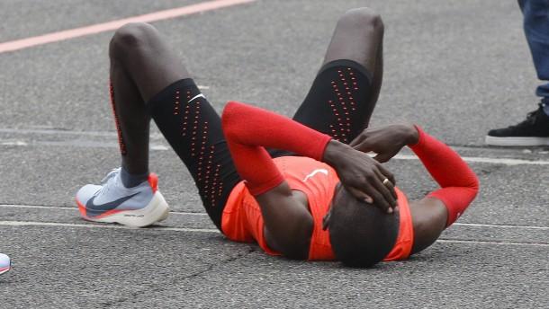 Kenianer scheitert knapp