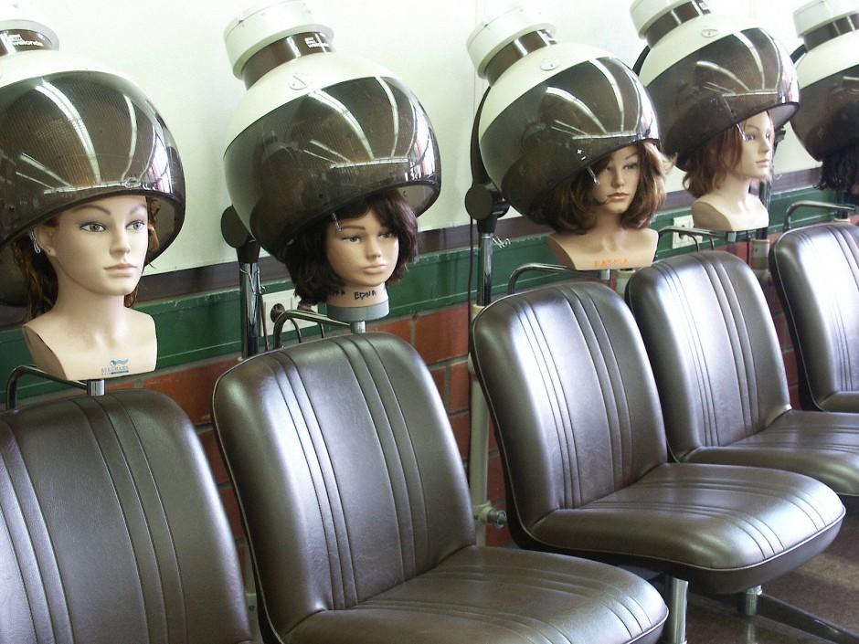 Viele Kunden denken gar nicht an Treue oder Untreue, wenn sie ihren Friseur gelegentlich wechseln.