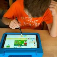 """""""Kinderleicht""""? Im Robo-Studio können Schüler während der Ferien kindgerecht Programmieren lernen."""