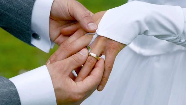 Ein Ehevertrag reicht nicht