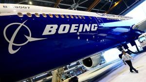 Boeing kauft sich ins Regionaljet-Geschäft