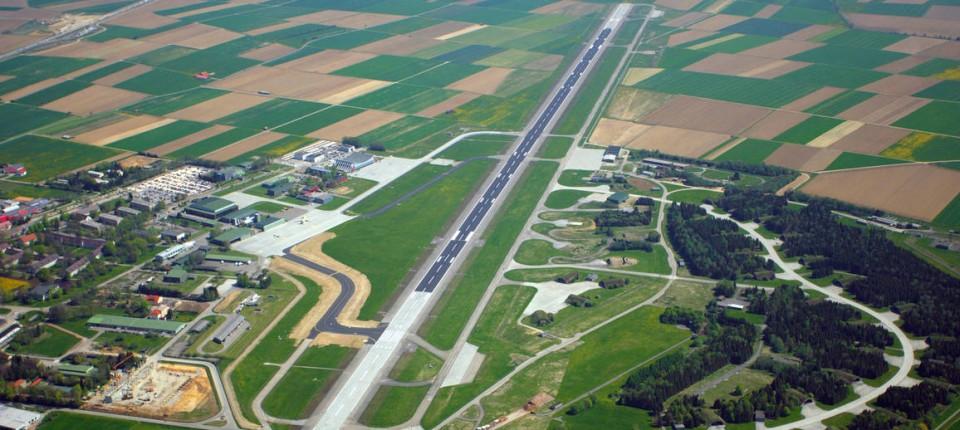 Regionalflughäfen In Der Provinz Beginnts Nah Faz