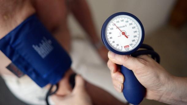 Wie man erfolgreich gegen Bluthochdruck ankämpft