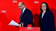 Ein Bild aus besseren Tagen? Andrea Nahles und Martin Schulz im Februar 2018 nach der Einigung auf den Koalitionsvertrag mit der Union