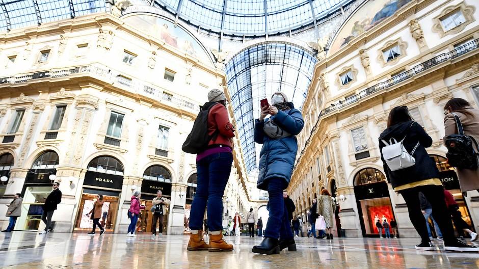Schutzmaßnahmen unter der Kuppel der Galleria Vittorio Emanuele II