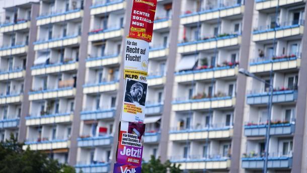 """Gericht verbietet einstweilig """"Hängt die Grünen""""-Plakate"""