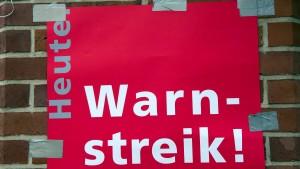 500 Logistiker demonstrieren für höhere Gehälter
