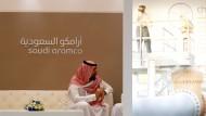 Mitarbeiter von Saudi Aramco auf einer Konferenz in Bahrain