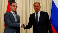 Außenminister Heiko Maas (SPD) mit dem russischen Außenminister Sergej Lawrow am Donnerstag in Moskau