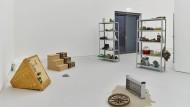 Treppen, Coca Cola und Schuhe: Objekte, die in Rechtsfällen dazu dienten, Erinnerungen zu stimulieren.