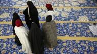 Frauengruppe in der Hamburger Imam Ali Moschee