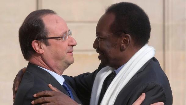 Hollande für zügige Wahl in Mali