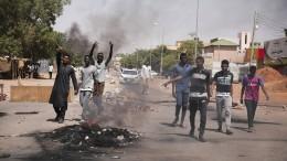 Proteste gegen Militärputsch im Sudan halten an