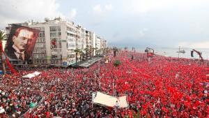Erdogans Herausforderer zieht Millionenpublikum an