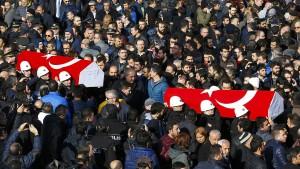 PKK-Splittergruppe bekennt sich zu Anschlag