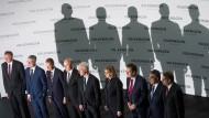 Wer kann hier noch mit wem? Die VW-Vorstandsmitglieder Renschler, Stadler, Diess, Witter, Müller, Werner, Blessing, Garcia-Sanz und Heizmann im März