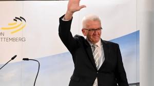 Grün-Rot verpasst Mehrheit in Baden-Württemberg knapp