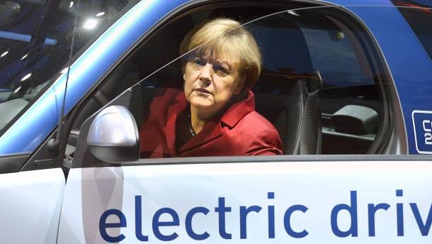 Bundestagswahl: Merkel langfristig für ein Verbot von Verbrennungsmotoren