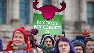 Kein Kompromiss bei Werbeverbot für Schwangerschaftsabbrüche