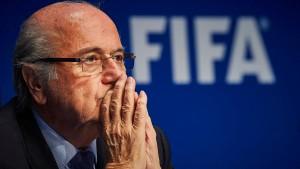 Torhüterin wirft Sepp Blatter sexuelle Belästigung vor