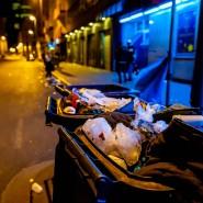 Müll prägt das Stadtbild, vor allem in den Morgenstunden: die Niddastraße im Frankfurter Bahnhofsviertel