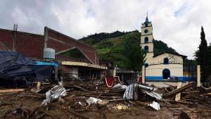 Zahl der Toten nach Tropensturm Earl steigt