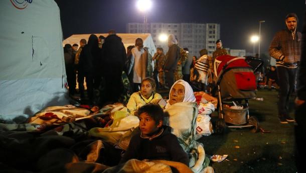 Opferzahlen nach Erdbeben steigen auf 23