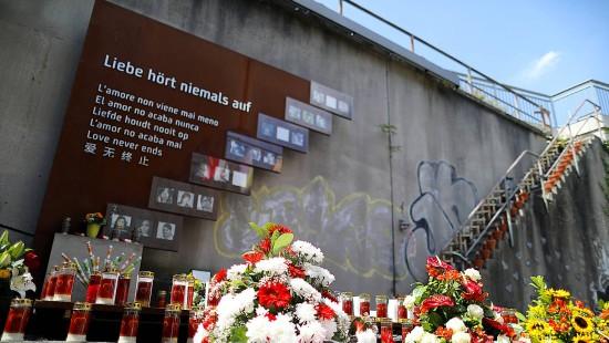 Angehörige erinnern an Opfer